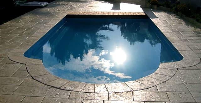 Aquastyles - piscine MALAGA COVER