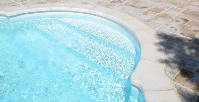 Aquastyles - piscine RHODES